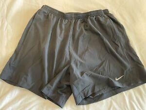 mens nike running shorts medium