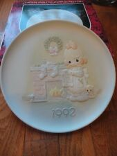 Precious Moments Plate But The Greatest of These is Love 1992 527742  MIB