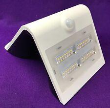 Solar LED Aussenleuchte / -Strahler mit PIR-Bewegungsmelder, 3,2 Watt/400 Lumen