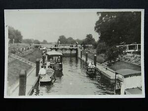 Buckinghamshire MARLOWS LOCK River Thames c1950's RP Postcard