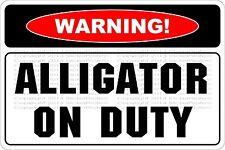 Danger Do Not Feed Tease Wild Alligators Affiche en Signe d/étain Poster M/étal Vintage Mural Signe M/étallique Panneau R/étro Art Plaque D/écor Jardin Caf/é Bar Cadeau 20X30cm