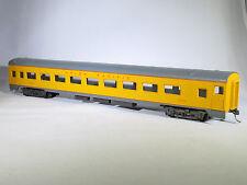 HO AHM 6433 UNION PACIFIC 1935 85' Coach Passenger Car UP 2004 KD Couplers IOB