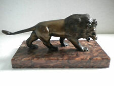 Lion en bronze sur socle marbre