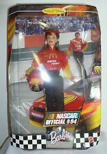 z- TOY DOLL BARBIE IN THE BOX 1999 MCDONALDS OFFICIAL NASCAR #94 VERY FUN