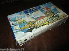 YO012 HELLER 1/600 maquette bateau 80126 La Couronne-jamais montée(1996)