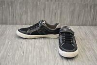 Geox J Alonisso J922CC Casual Shoes, Big Boy's Size 4, Black