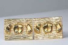 VINTAGE 1970'S GOLD NAUGHTY MAKING LOVE SEX CUFFLINKS FEET IN BED