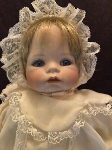 1988 Ashton Drake BEBE Doll~THEO MENZENBACH~Carolin~EXC