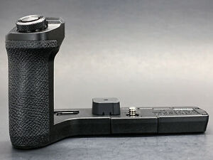 Olympus ECG-5 Hand Grip for E-M5 Mark III Camera ~ Beautiful Condition