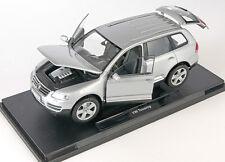 BLITZ VERSAND Volkswagen VW Touareg silber silver Welly Modell Auto 1:18 NEU OVP