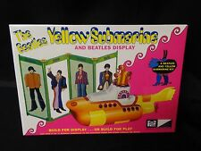 THE BEATLES YELLOW SUBMARINE AND BEATLES DISPLAY  MPC NEW SEALED