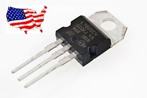 ' L7805CV (2 pcs) LM7805 TO-220 5 V, 1.5 A Voltage Regulator - from USA