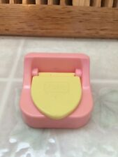 VINTAGE PLAYSKOOL DOLLHOUSE PINK POTTY CHAIR Yellow Seat 1 1/2 X 2