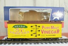 USA TRAIN (R-16217)  HEINZ PURE MALT VINEGAR / WOODEN BILLBOARD REEFER (NIB)