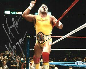 WWE HULK HOGAN HAND SIGNED AUTOGRAPHED 8X10 PHOTO WITH BECKETT COA VERY RARE 25