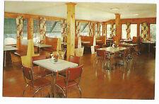 Pep's Inn and Village on Lake Wallenpaupack Interior Postcard