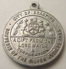 1935 KING GEORGE V & QUEEN MARY SILVER JUBILEE CITY OF BRADFORD MAYOR  MEDAL