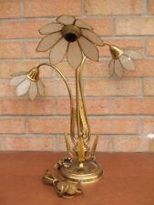 Lampe design vintage années 60' avec structure en bronze et abats jour en nacre