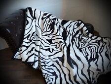 XXL Tagesdecke Kuscheldecke Decke im Zebra - Design 200x240cm