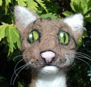 CAT HEADS NEEDLE FELT Kit  4 cat heads Kit rare breed British Wool