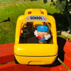 VINTAGE LITTLE TIKES SCHOOL BUS W/ CARRY HANDLE, CHUNKY DRIVER*