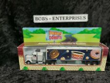 Dunkin Donuts 1/64   Tractor Trailer New In Box 1995 die cast metal dd-2