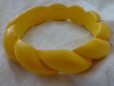 VTG Bright Banana Yellow BAKELITE BANGLE BRACELET Carved Rope Design RARE TESTED