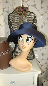 Sublime chapeau vintage satin de soie bleu