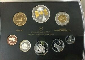 2005 DOUBLE DOLLAR PROOF SET CANADIAN w/40th ANNIVERSARY CANADA FLAG DOLLAR