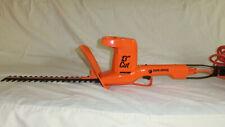"""Black & Decker 13"""" Cut Electric Hedge Trimmer Cspm 3300"""