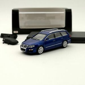 1:64 Volkswagen Passat R36 Travel Edition Diecast Models Car Toy Gifts Blue