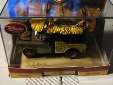 DISNEY CARS DISNEY STORE CUSTOM UNIQUE ARTIST SERIES TIKI MATER  W/ DISPLAY