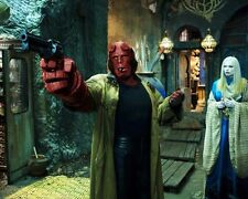 Hellboy 2 : The Golden Army [Cast] (36568) 8x10 Photo