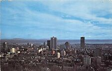 BT18892 view of bussiness section and sky line montreal  canada