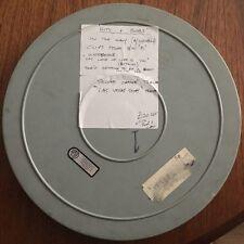 Très rare vintage 16mm film film métal 1600ft reel avec divers vieux film contenu