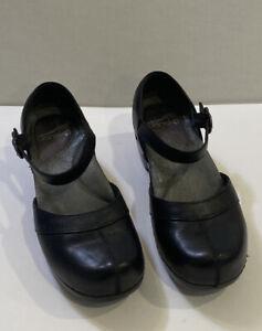 Dansko 36 Women's Mary Jane Heels Solid Black Leather Buckle Strap