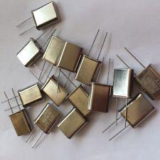 4.194304 MHz HC49 de cristal hecha por Act 20 un. £ 5.00 Z1555
