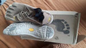 Vibram Five fingers Hemp barefoot shoe us 9-9.5 eu42