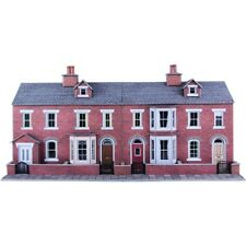 Metcalfe Low Relief Red Brick Terraced House Fronts OO Gauge Card Kit PO274