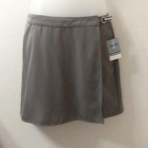 IZOD Hamptons II Dark Green Skort Shorts Size 10 NWT