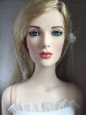 """Tonner Tyler 16"""" NU MOOD BREATHLESS FASHION Fashion Doll NRFB LE 500 2013 NIB"""