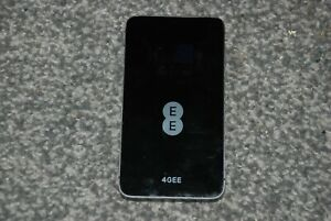 Huawei E5878S- 32 4G - Mobile Broadband Wifi Router - Black - EE Locked (A)