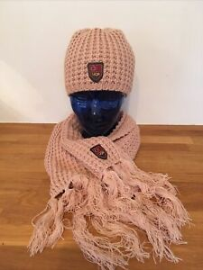 UGG Women's Hat & Scarf Set Boxed