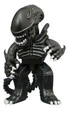 "Aliens Warrior Alien Vinimates 4"" Vinyl Figure Xenomorph Diamond Select"