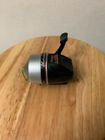 Vintage Shakespeare Sc 15K Freshwater Spin Cast Fishing Reel
