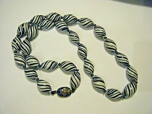 """Vintage Chinese Swirly White and Blue Pottery Beads Knotted 25"""" Necklace"""