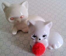 Zeitgenössische Porzellan-Figuren mit Katzen-Motiv