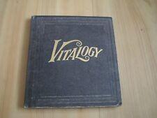 PEARL JAM - VITALOGY  (BOOK EDITION)