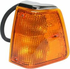 Turn Signal Light For 88-95 Volvo WIA 96-97 WI Plastic Lens Driver Side