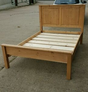"Woodstock 4ft 6"" paneld solid pine bed ."